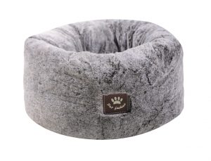 pluche nest voor honden en puppys zodat ze niet op de koude vloer slapen